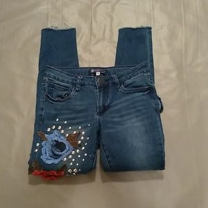 Boom boom jeans embroidered flower raw hem jeans